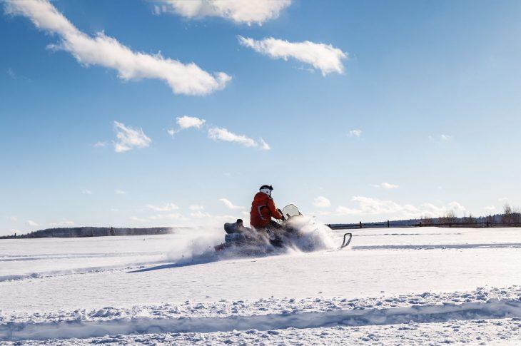 «Озеро Имандра» — средний, до 3 часов, 40 км. БО «Лесная»